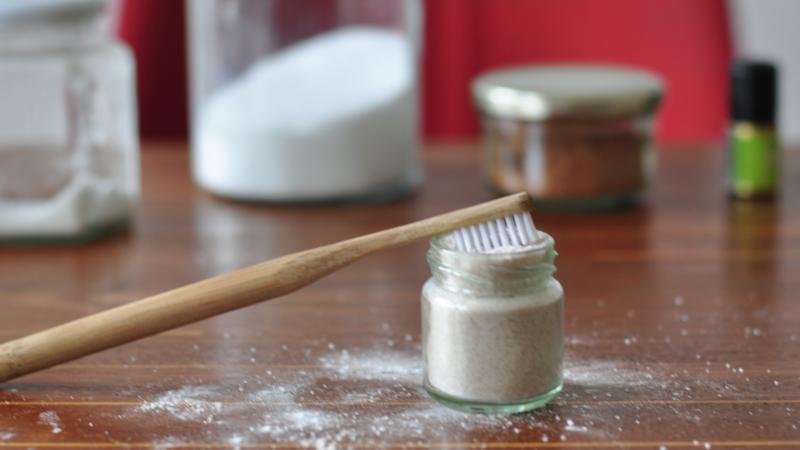 freeofwaste-toothpowder-1500x680